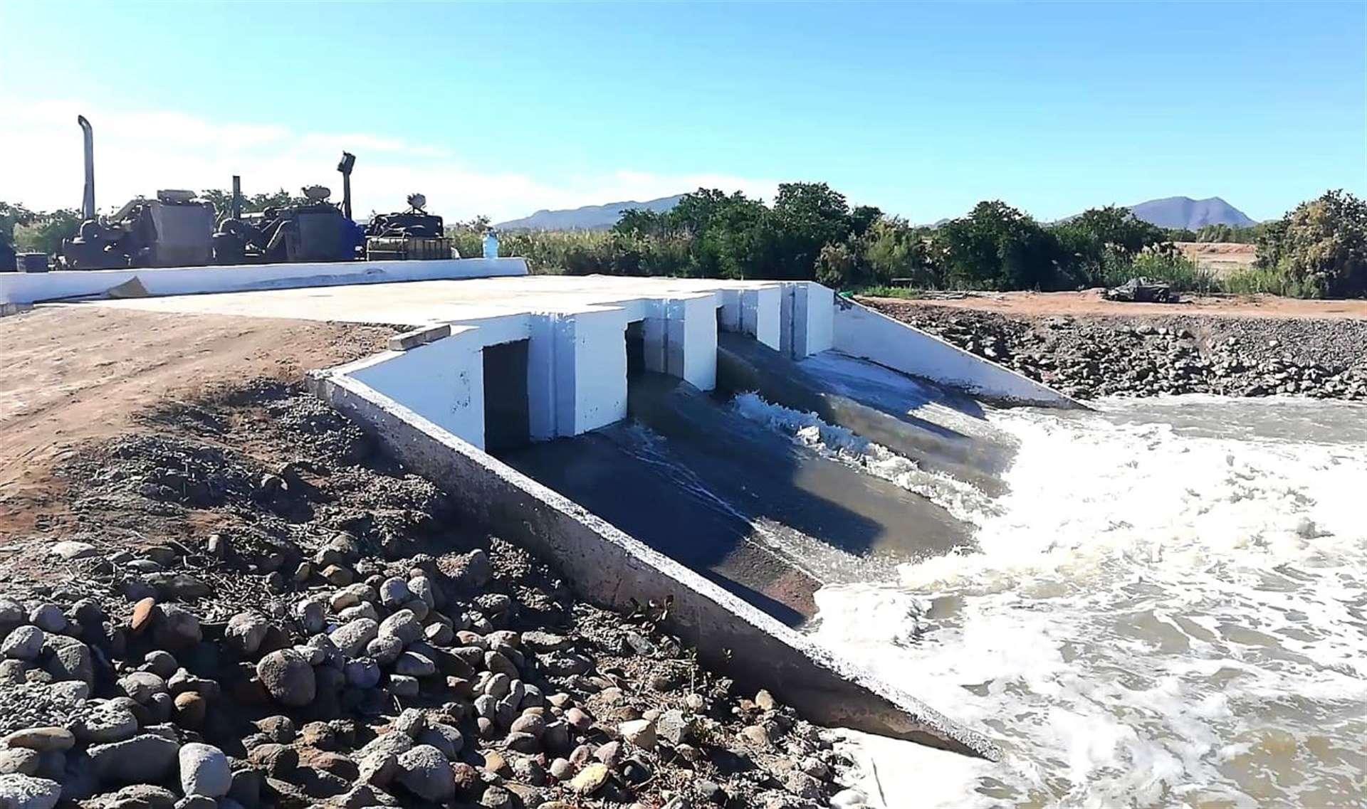 Entregan de bomba de agua a acu cola guasave for Como oxigenar el agua de un estanque sin electricidad