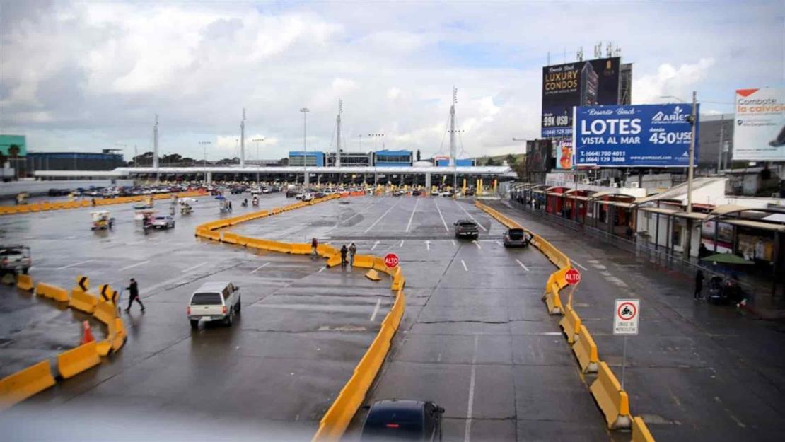 México y EU prolongan restricciones fronterizas por el Covid-19