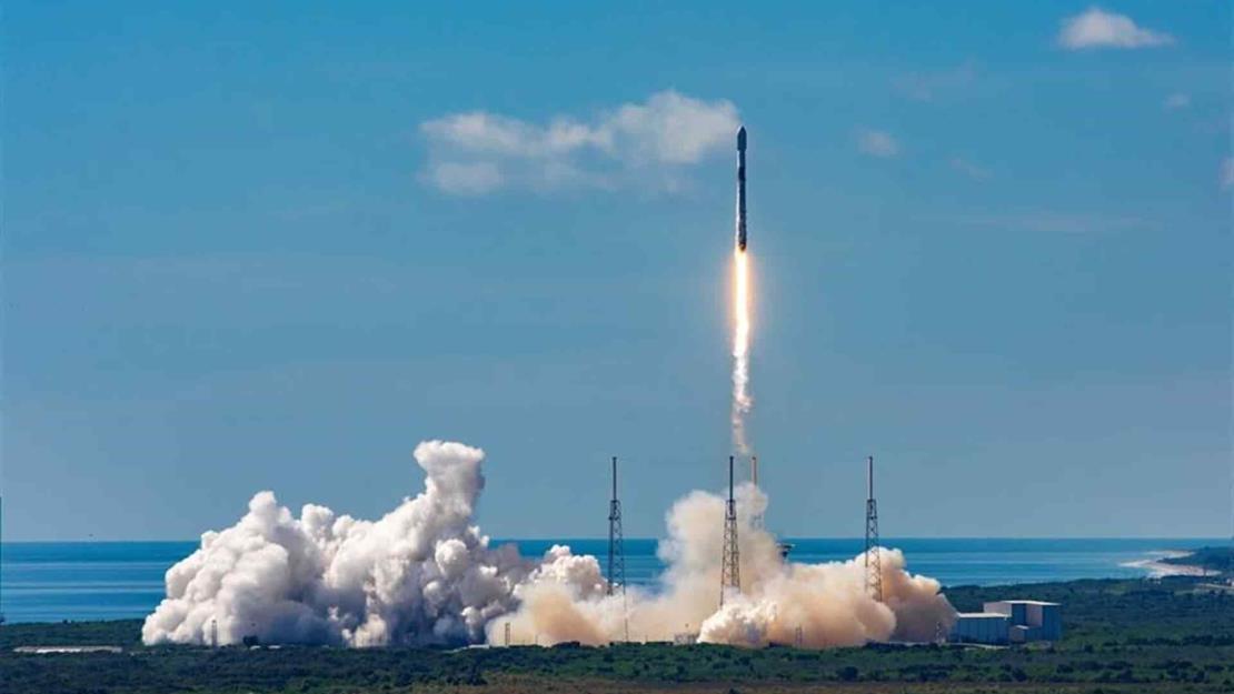 SpaceX coloca en el espacio otros 58 satélites para su red de internet