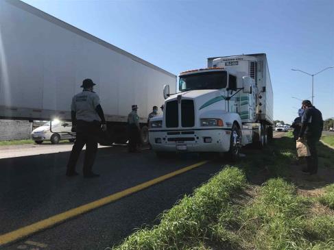 Hasta 4 mil mdp en pérdidas por asaltos a transportistas en carreteras federales de México
