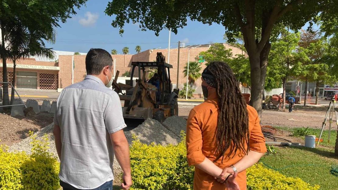 Chapman supervisa remodelación de Plaza de la Mujer