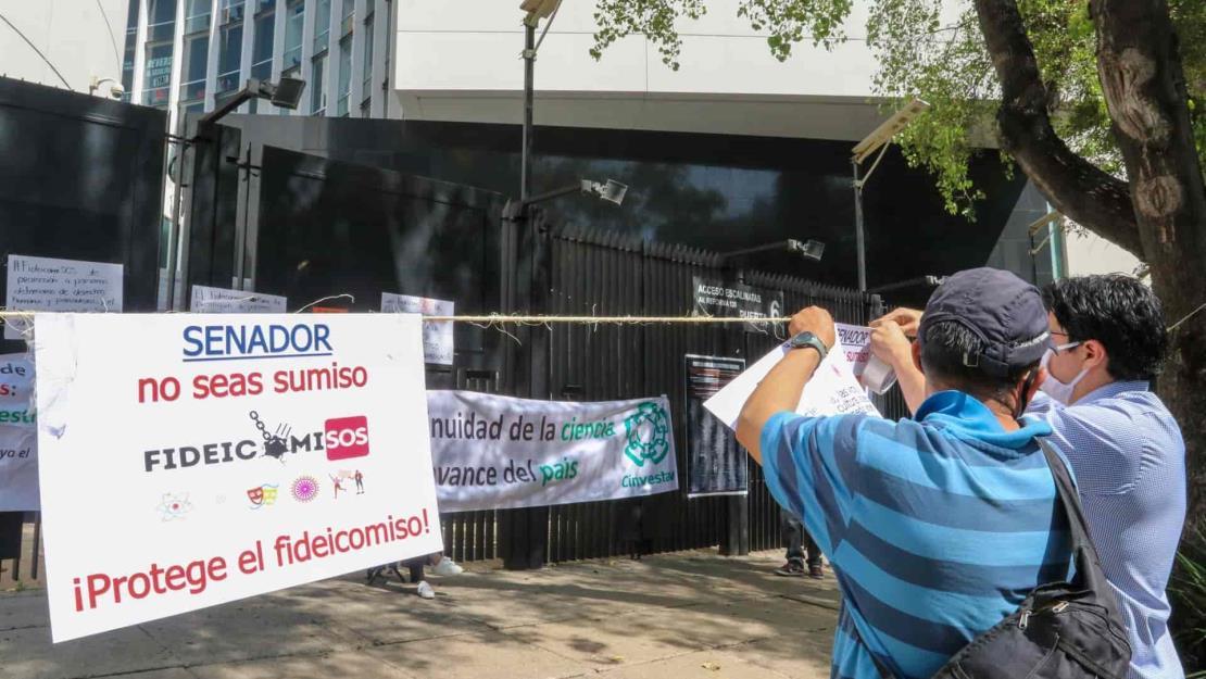 Más de 700 científicos del mundo firman en defensa a fideicomisos de México