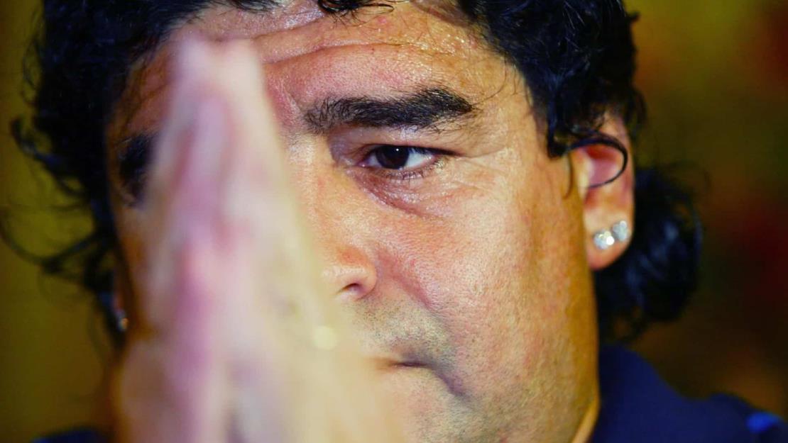 Maradona, una vida marcada por sus problemas de salud y sus adicciones