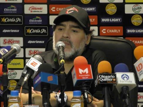 Muere Diego Armando Maradona a los 60 años de edad