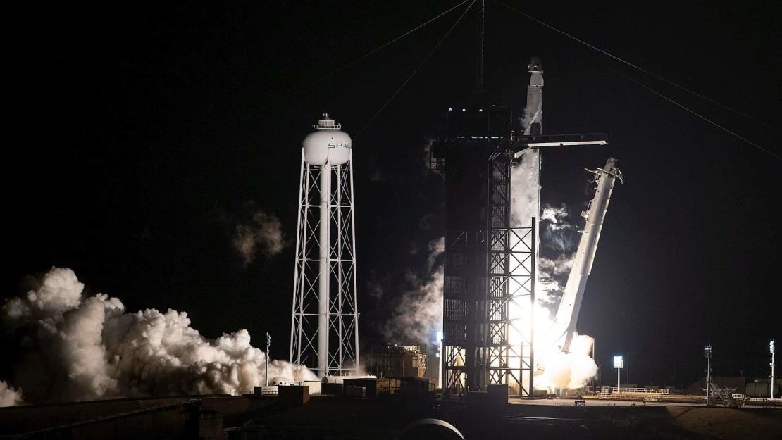 SpaceX lanza un satélite turco de comunicaciones en su primera misión de 2021