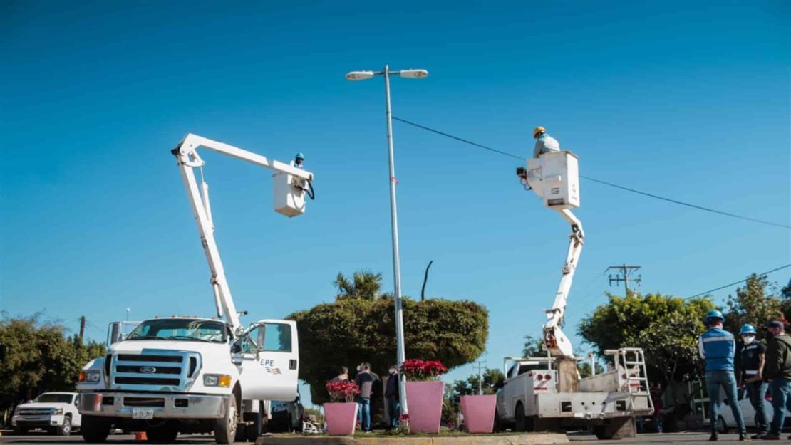 Inician en Guasave la revisión de más de 10 mil luminarias LED