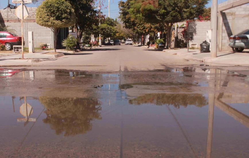 Vecinos de Las Canteras III piden se repare fuga de aguas negras