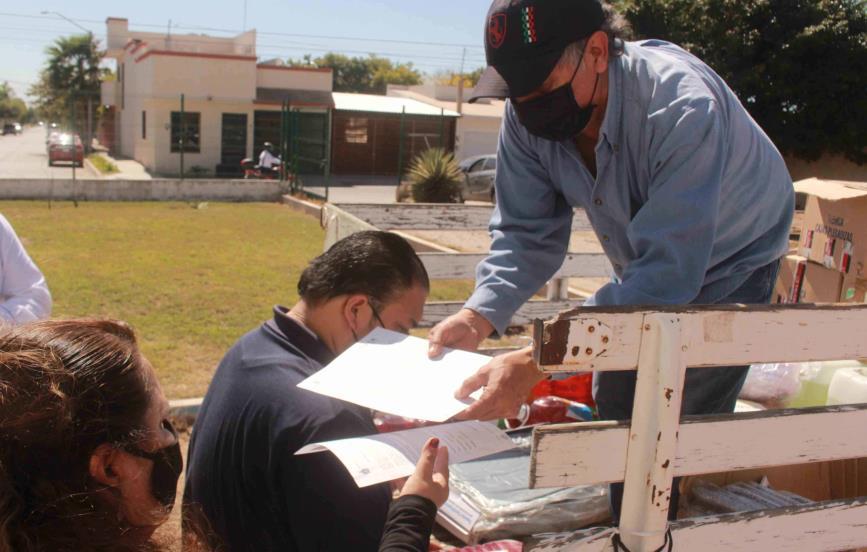 SEPyC dona kits de limpieza anticovid a 10 escuelas de nivel básico