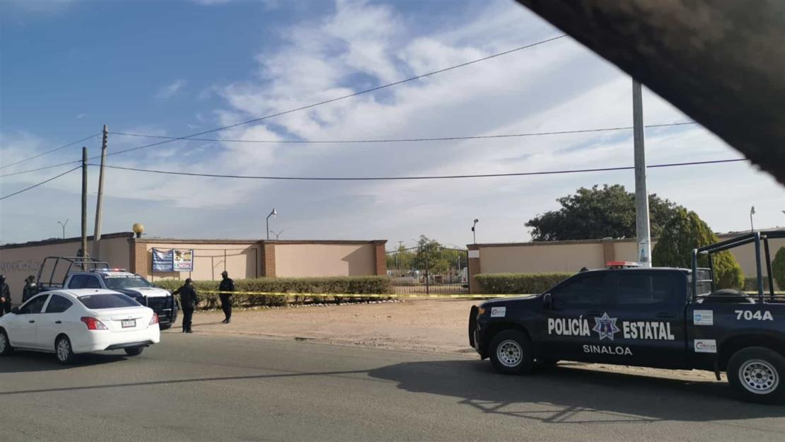 Lo asesinan a golpes y lo dejan tirado frente a panteón de Culiacán