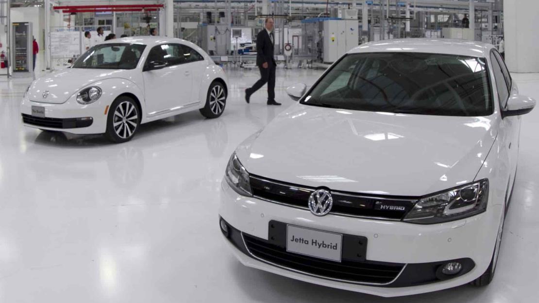 Producción y venta de automóviles cae 12 % en México en el primer trimestre