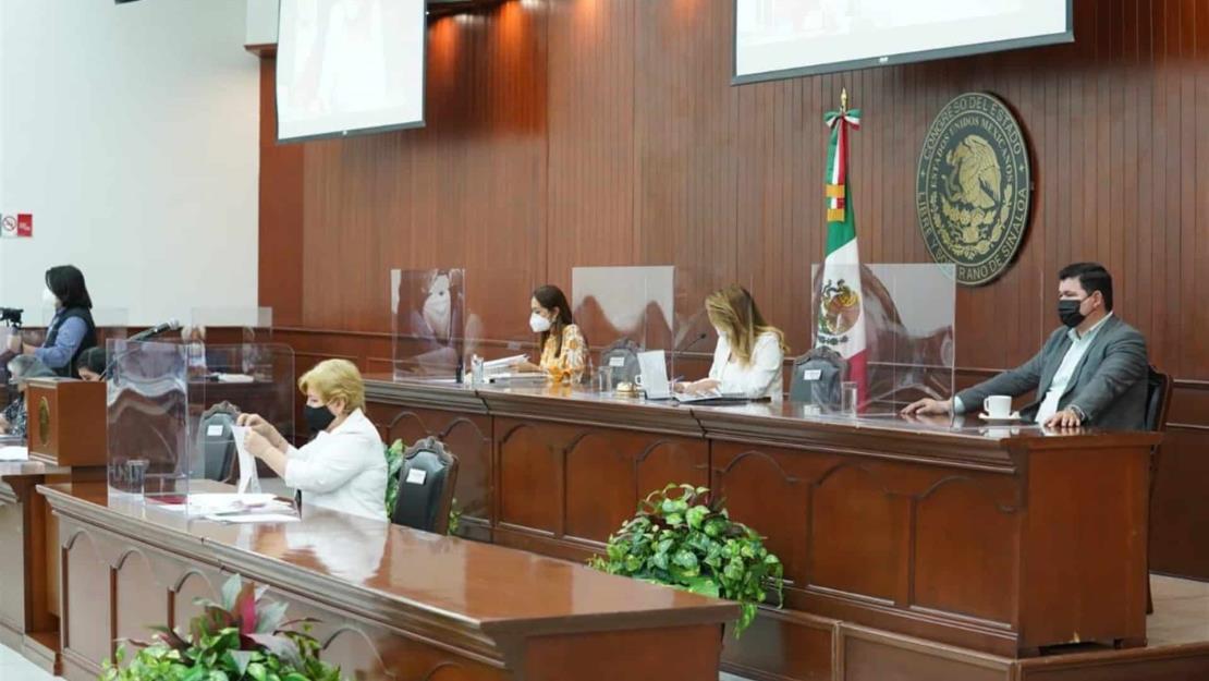 Suplentes del Congreso de Sinaloa toman sus puestos en  Comisiones Permanentes