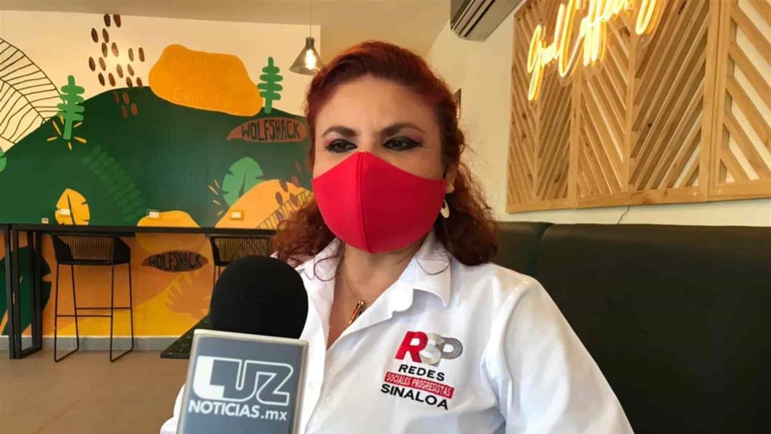 Yolanda Yadira Cabrera busca campaña honesta y cercana a la gente
