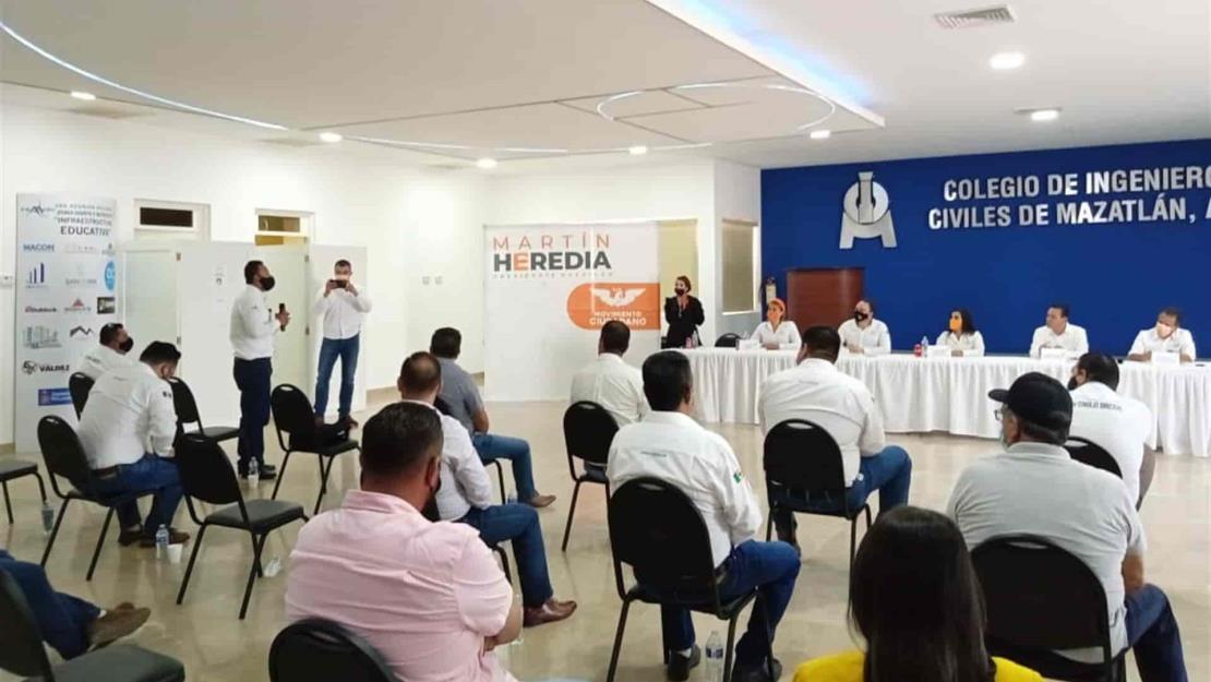 Promete Sergio Torres dar obras a constructores sinaloenses