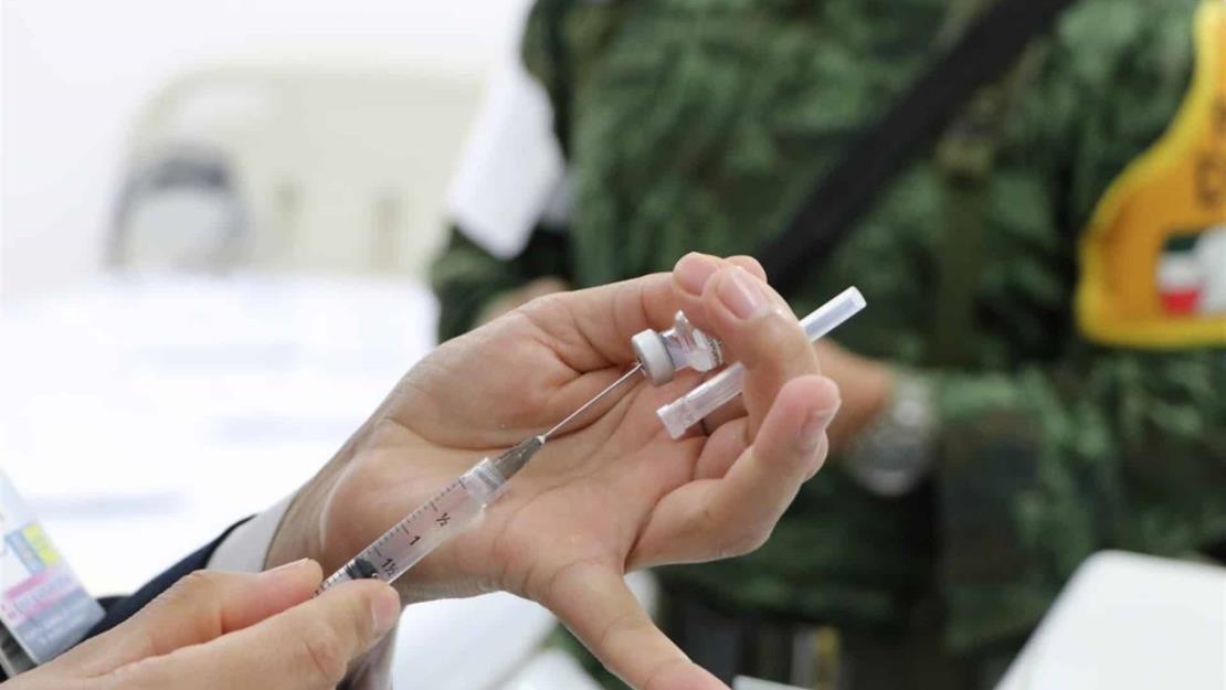 Médicos privados pendientes de vacuna anticovid, ya la pueden solicitar: SSa