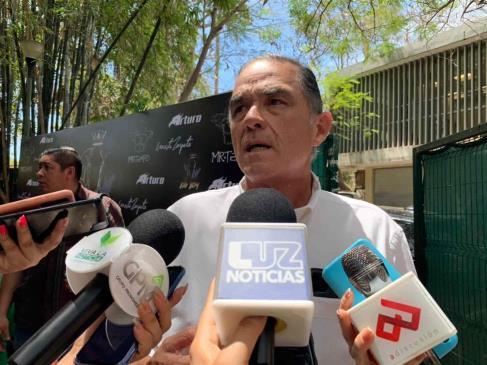 """""""Leyes prohibitivas no son buenas"""": Ernesto Zazueta, a favor de tauromaquia"""