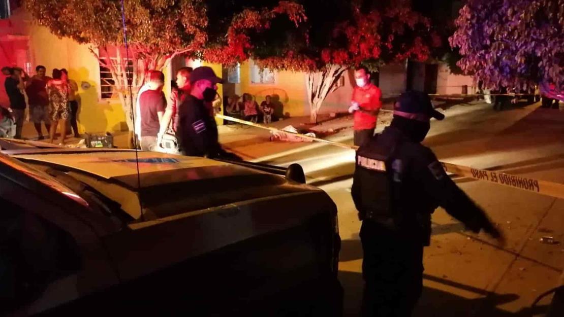 Niña de dos años muere atropellada en Mazatlán; conductor huye del lugar