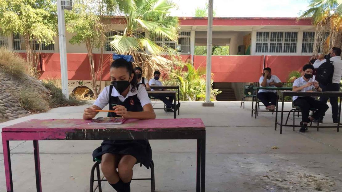 Avanza registro de maestros para vacunas; ya son más de 77 mil en Sinaloa