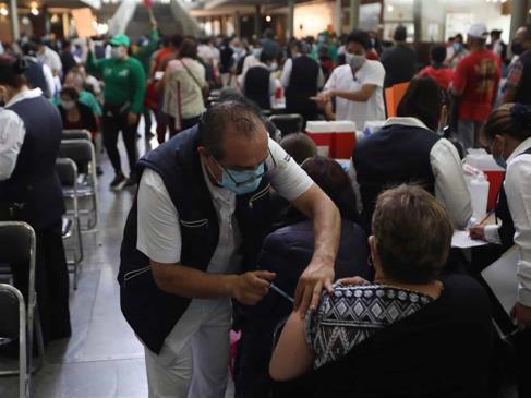 México suma 219 mil 323 decesos por Covid-19
