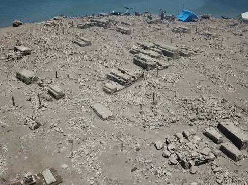 Emerge por sequía el Paraíso perdido en la presa Miguel Hidalgo