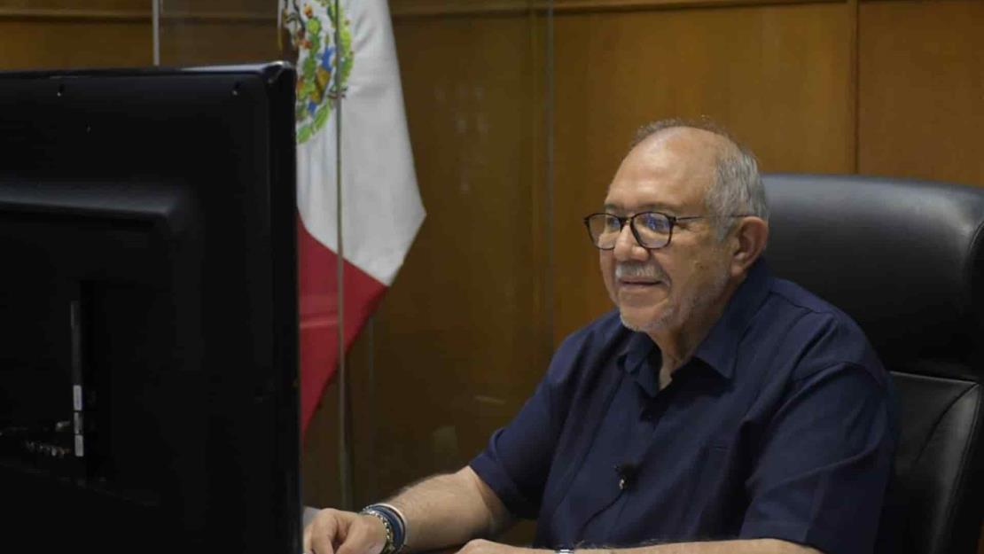 Que no hay despidos en el Ayuntamiento de Mazatlán, asegura Benítez Torres