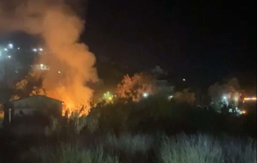 Incendio en baldío de Topolobampo moviliza a Bomberos