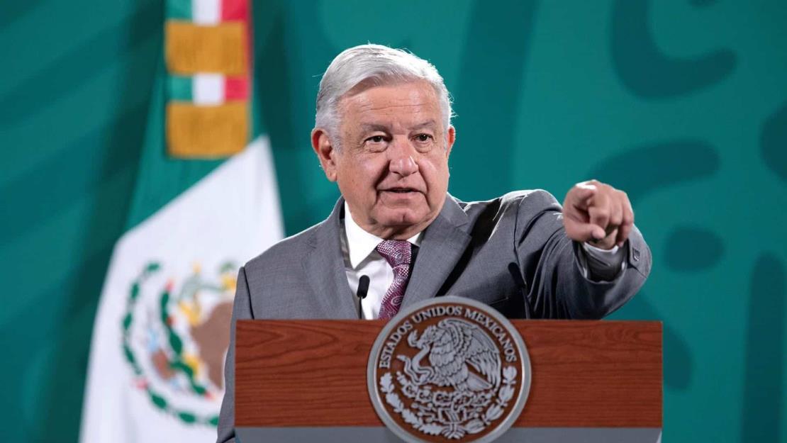 López Obrador dice que tiene posibles sucesores hasta para prestar