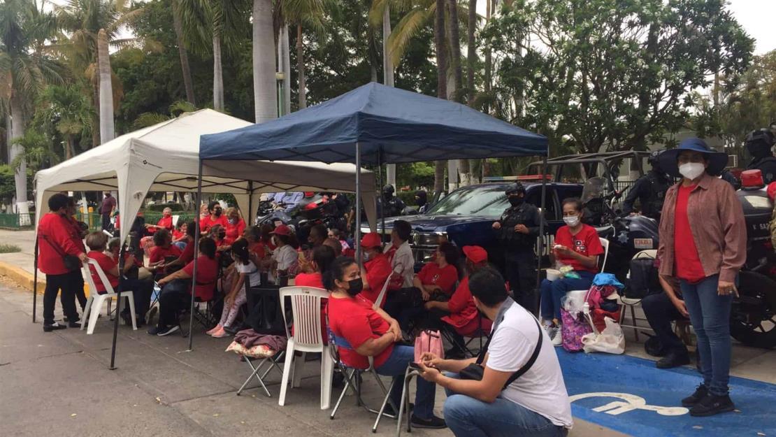 Respalda Quirino a jubilados que exigen el Fondo de Vivienda