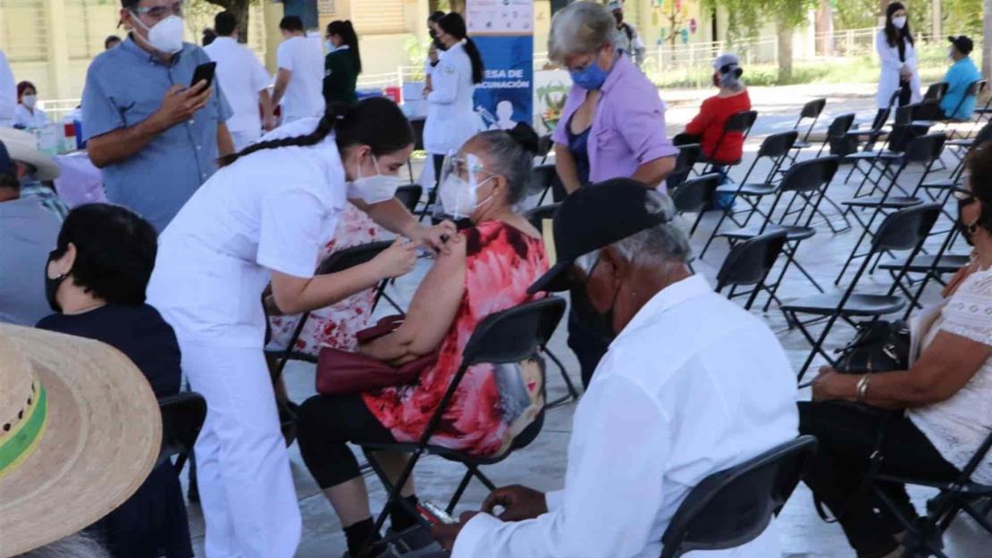 Vacunación no es garantía de no tener Covid, pero protege de casos graves: SSa