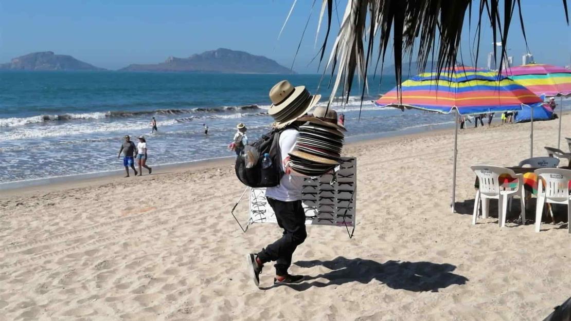 Aplicará Ayuntamiento mano dura contra vendedores foráneos en Mazatlán
