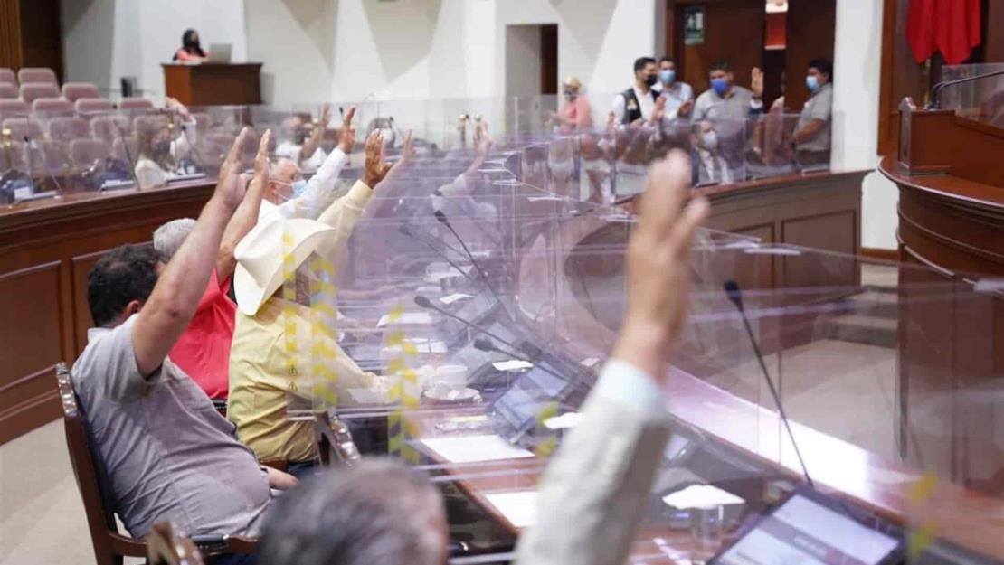 Congreso exhorta a SEPyC para que egresados del Tec de Eldorado se titulen