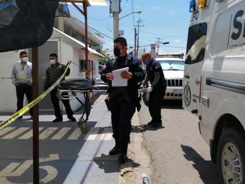 Identifican al hombre abandonado por grupo armado en clínica de Culiacán