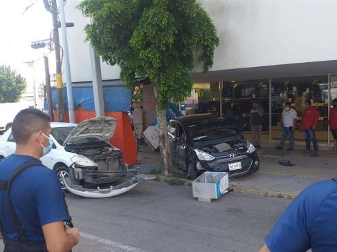 Atropellan a tres trabajadores en la Obregón: uno de ellos muere