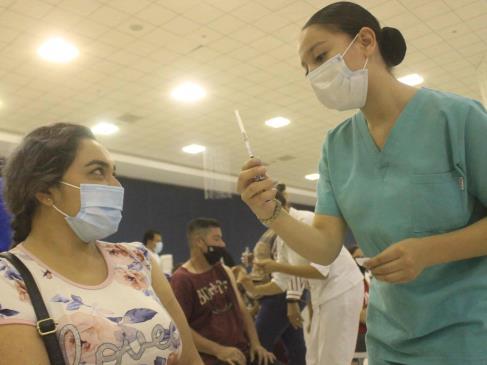 Este miércoles inicia vacunación para jóvenes y adultos de 18 a 29 años en Ahome