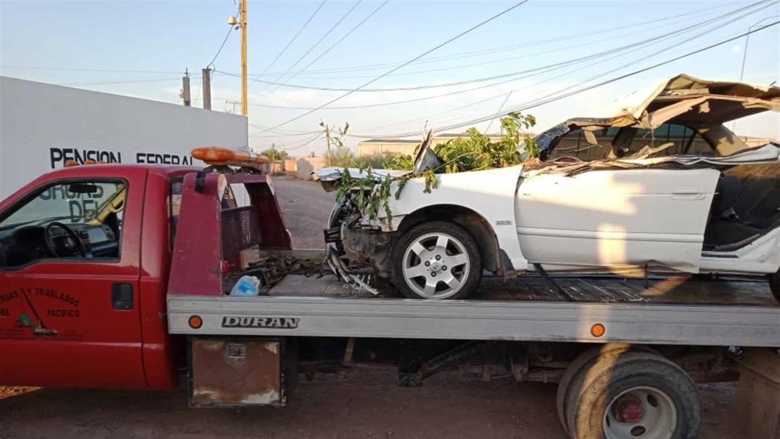Joven pierde la vida al chocar contra un árbol en la México 15